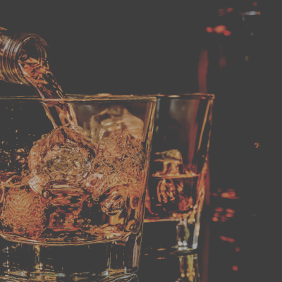 WHISKEY WEDNESDAY WITH LIVE MUSIC FROM QUINN SHAW – EXECUTIVE CIGAR SHOP & LOUNGE, SANFORD